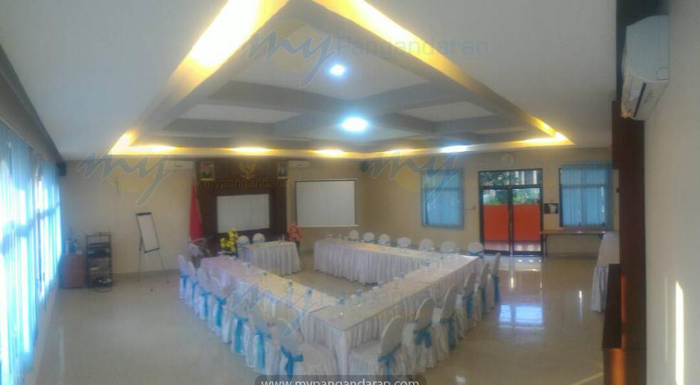 Tampilan Kolam Renang Krisna Beach Hotel Pangandaran