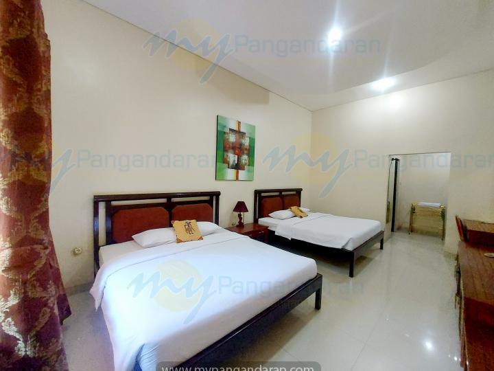 Tampilan Deluxe Room Krisna Beach Hotel Pangandaran