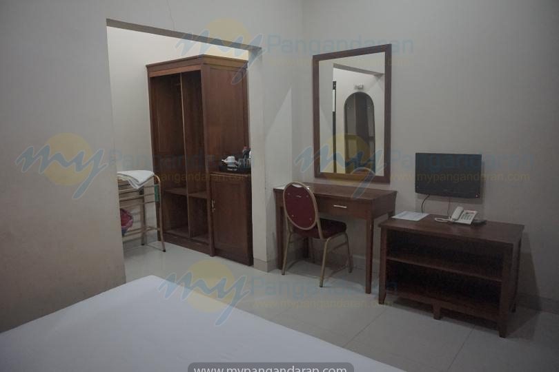 Tampilan Standar Room Krisna Beach Hotel Pangandaran